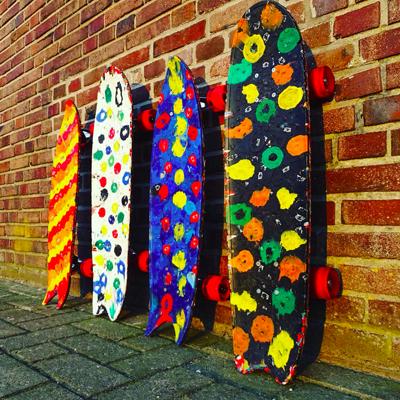 WASTEBOARD : Des skateboards à partir de bouchons en plastique